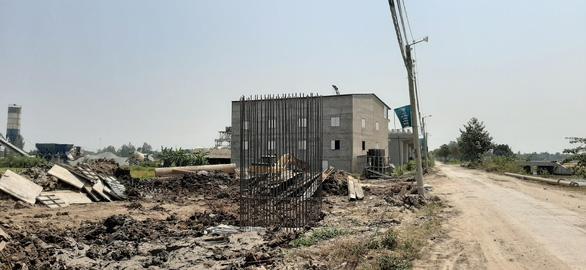 Kiến nghị xử lý sai phạm của phó bí thư thường trực huyện Vĩnh Thạnh - Ảnh 1.