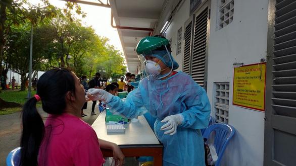Việt Nam 0 ca nhiễm COVID-19 mới trong cộng đồng, không còn điểm nào phong tỏa - Ảnh 1.