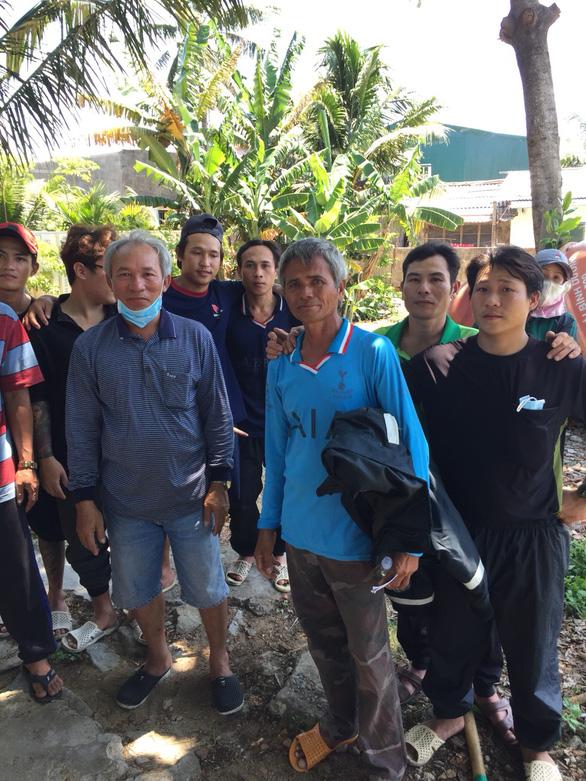 Ngư dân Việt Nam cứu một người Philippines trôi dạt 17 ngày đêm, chỉ ăn rong biển - Ảnh 2.
