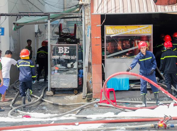 Cháy quán cơm ở quận 1, nghi do rò rỉ khí gas - Ảnh 5.