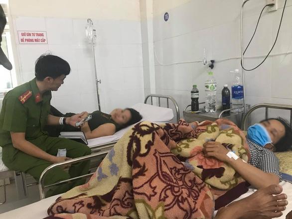 Hơn 130 người ở Đà Nẵng ngộ độc sau khi ăn đồ chay mua ngoài chợ - Ảnh 1.