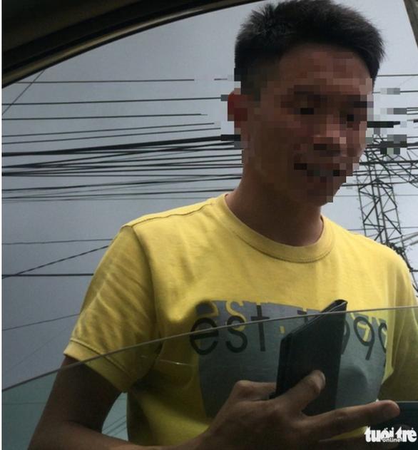 Cảnh cáo về mặt Đảng 2 trung tá CSGT Đồng Nai bị tố bảo kê xe quá tải - Ảnh 1.