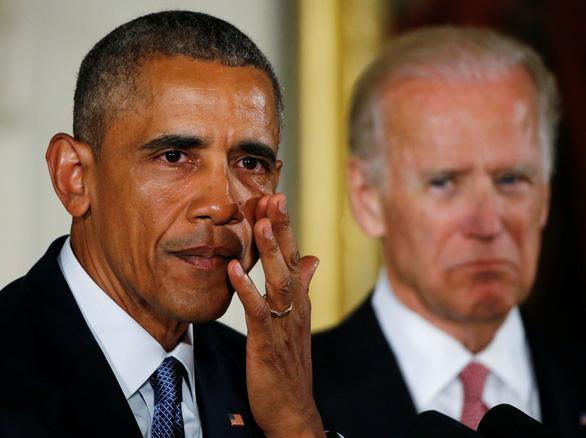 Ông Obama: Chính quyền ông Trump chống COVID-19 hỗn loạn tuyệt đối - Ảnh 1.