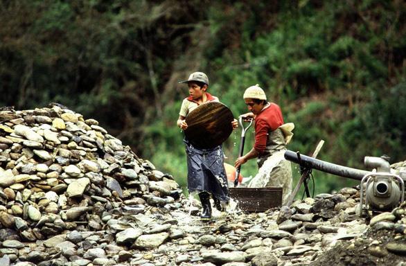 Quốc tế thiếu nhi: Bao giờ hết nạn lao động trẻ em? - Ảnh 4.