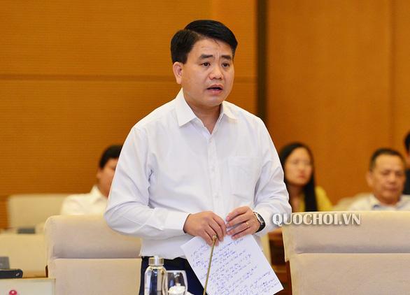 Chủ tịch Hà Nội ký công điện khẩn: Kiểm soát chặt nhập cảnh, xét nghiệm ngay trường hợp nghi ngờ - Ảnh 1.