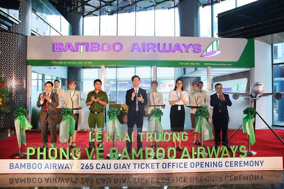 'Săn' vé bay ưu đãi tại lễ khai trương phòng vé Bamboo Airways - Ảnh 1.