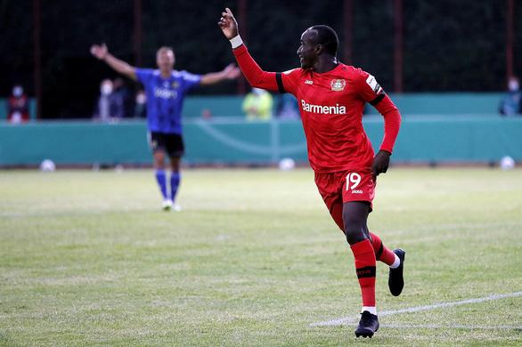 Khuất phục 'hiện tượng' Saarbrucken, Leverkusen vào chung kết Cúp quốc gia Đức - Ảnh 1.