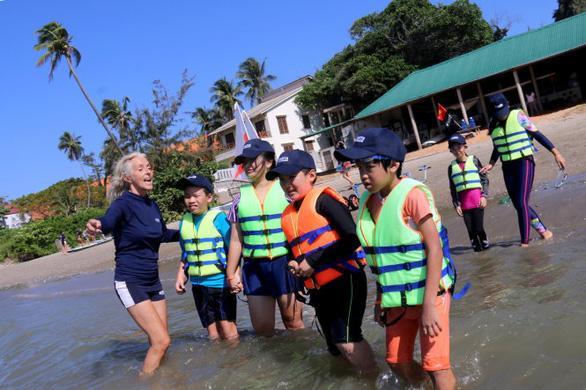 Phó thủ tướng giao 3 bộ đề xuất kế hoạch nghỉ lễ, nghỉ hè của học sinh để kích cầu du lịch - Ảnh 1.