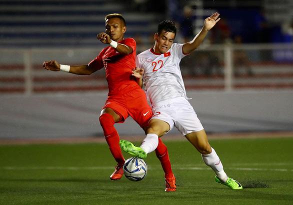 Đội tuyển Iraq phải cách ly 2 tuần nếu đến Việt Nam đá giao hữu - Ảnh 1.