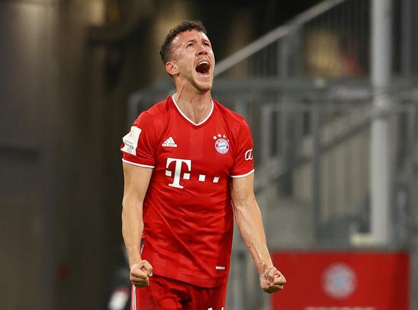 VAR nổ đúng lúc, Bayern Munich hạ Frankfurt vào chung kết Cúp quốc gia Đức - Ảnh 1.