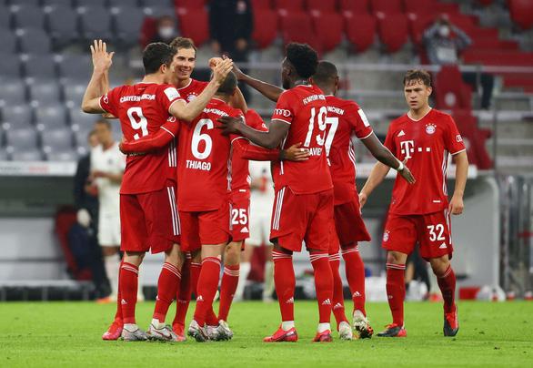 VAR nổ đúng lúc, Bayern Munich hạ Frankfurt vào chung kết Cúp quốc gia Đức - Ảnh 3.