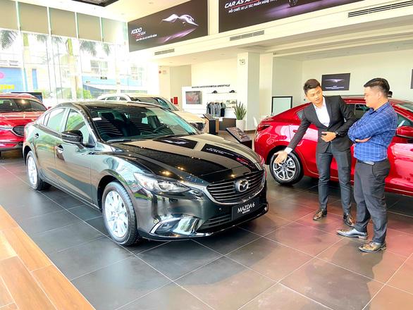Miệt mài giảm giá, các hãng bán được 19.081 xe hơi trong tháng 5 - Ảnh 1.