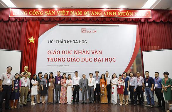 Rộng mở cơ hội cho SV học văn báo chí, văn hóa du lịch, QHQT - Ảnh 1.