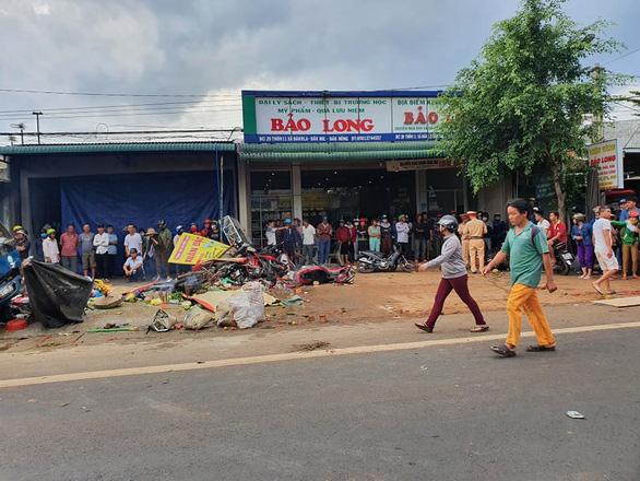 Tai nạn kinh hoàng: xe tải trọng lớn lao thẳng vô chợ, 5 người chết - Ảnh 5.