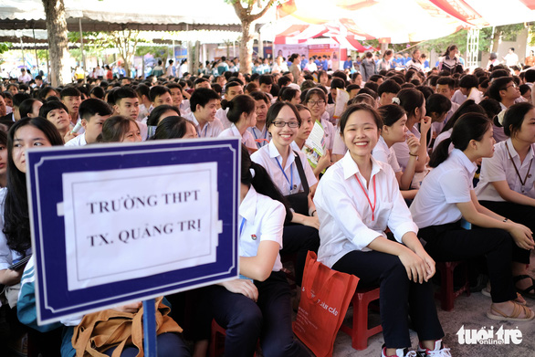 Tư vấn tuyển sinh - hướng nghiệp lần đầu đến Quảng Trị - Ảnh 1.