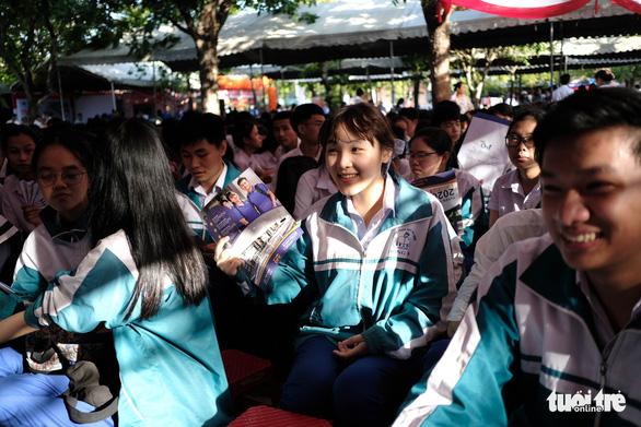 Tư vấn tuyển sinh - hướng nghiệp lần đầu đến Quảng Trị - Ảnh 7.