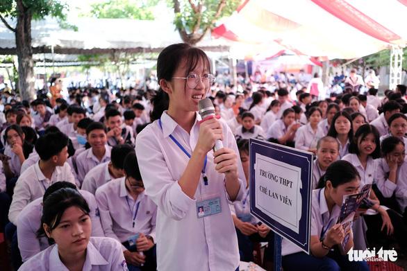 Tư vấn tuyển sinh - hướng nghiệp lần đầu đến Quảng Trị - Ảnh 8.