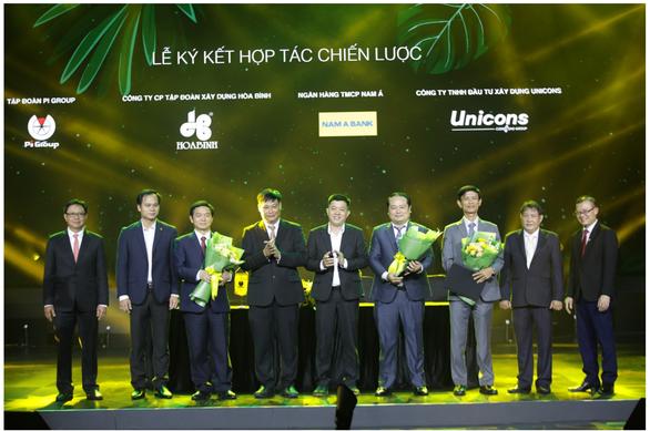 Pi Group ký kết hợp tác với Hòa Bình, Unicons và Nam A Bank - Ảnh 2.