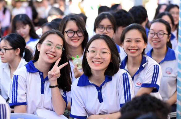 Tuổi Trẻ tư vấn tuyển sinh tại 17 tỉnh, thành - Ảnh 1.