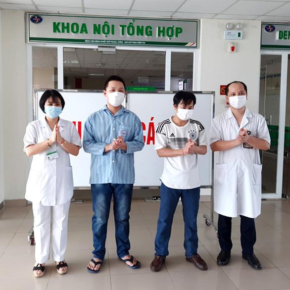 Việt Nam công bố hết dịch COVID-19 được không? - Ảnh 1.