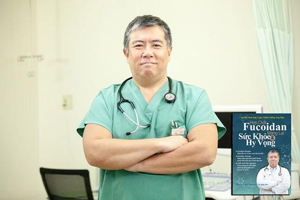 Quyển sách giúp bạn hiểu về sự phục hồi kỳ diệu cho người bệnh ung thư - Ảnh 2.