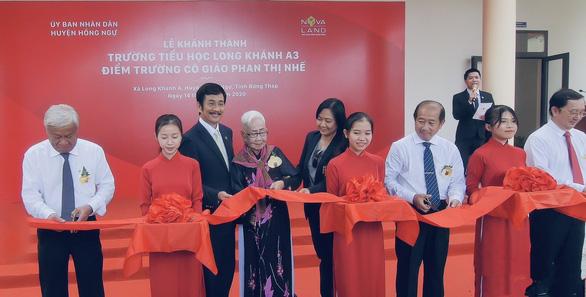 Khánh thành trường tiểu học Long Khánh A3 - Điểm trường cô giáo Phan Thị Nhế - Ảnh 2.