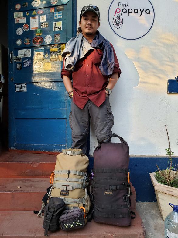 Phượt thủ Đăng Khoa về nước sau hơn 1.000 ngày vòng quanh thế giới bằng xe máy - Ảnh 3.