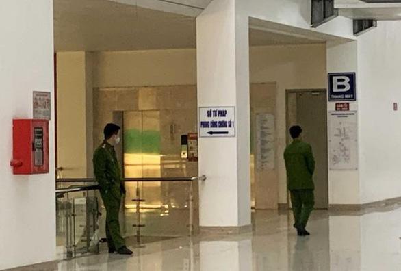 Bắt giam vợ giám đốc Sở Tư pháp Lâm Đồng về hành vi chiếm đoạt hàng trăm tỉ đồng - Ảnh 1.