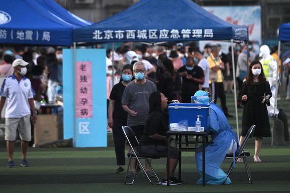 Ổ virus ở chợ hải sản Bắc Kinh gây sợ hãi - Ảnh 1.