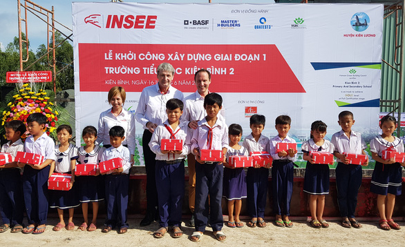 Ximăng INSEE tài trợ 20 tỉ xây trường cho học trò vùng sâu - Ảnh 1.