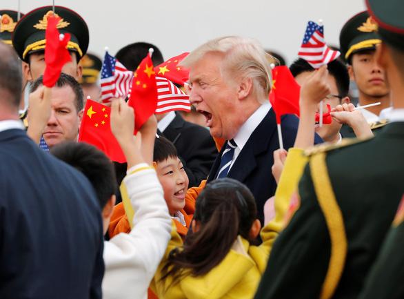 Chính khách Trung Quốc muốn ông Trump tái đắc cử vì hại bất cập lợi - Ảnh 1.