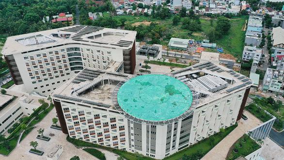 Hàng loạt bệnh viện xây bãi đáp, chuẩn bị cấp cứu bằng trực thăng - Ảnh 2.