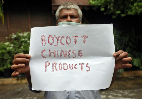 Biểu tình chống Trung Quốc lan ra nhiều tỉnh thành Ấn Độ - Ảnh 4.