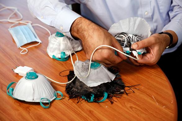 Israel giới thiệu khẩu trang diệt virus corona bằng nhiệt - Ảnh 2.