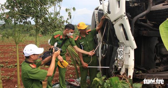 Vụ xe tải lao vào chợ, 5 người chết: khởi tố, bắt tạm giam tài xế người Cà Mau - Ảnh 4.