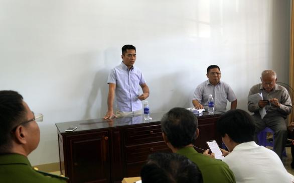 Khởi tố vụ chủ dự án Thanh Bình lấy sổ đỏ của khách hàng đi vay hàng trăm tỉ - Ảnh 2.