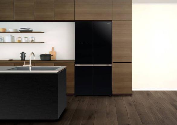 Hitachi ra mắt tủ lạnh 4 cửa R-WB640VGV0 với Ngăn Chân Không độc đáo - Ảnh 1.