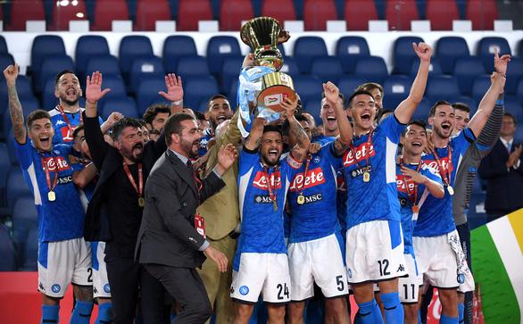 Đá bại Juventus trên chấm luân lưu, Napoli vô địch Coppa Italia 2020 - Ảnh 1.