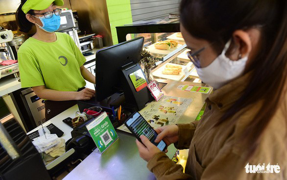Thanh toán qua di động Việt Nam tăng 400% vào năm 2025 - Ảnh 1.