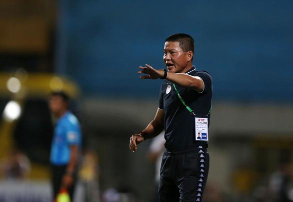 HLV Hà Nội xin lỗi vì để thua trong lần sinh nhật thứ 14 của đội bóng - Ảnh 2.
