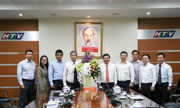 Lãnh đạo TP.HCM thăm cơ quan báo chí nhân Ngày báo chí Việt Nam - Ảnh 1.
