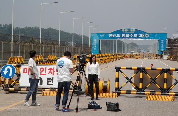 Vì sao Triều Tiên đột nhiên cứng rắn với Hàn Quốc? - Ảnh 2.