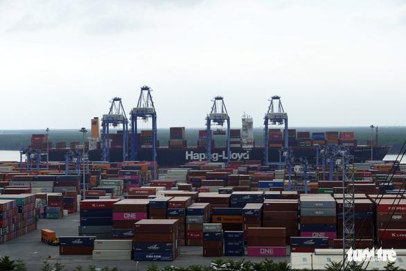 Cảng Cái Mép - Thị Vải phải nổi lên đón siêu tàu - Ảnh 4.
