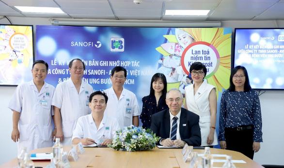 Bệnh viện Ung bướu TP.HCM hợp tác cùng Công ty Sanofi-Aventis Việt Nam - Ảnh 1.