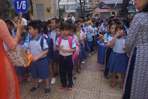 Mong học sinh tựu trường đúng ngày khai giảng 5-9 - Ảnh 1.