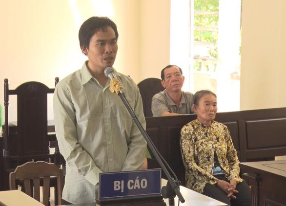 Trộm 10 cây vàng của mẹ, con trai lãnh án 8,5 năm tù - Ảnh 1.