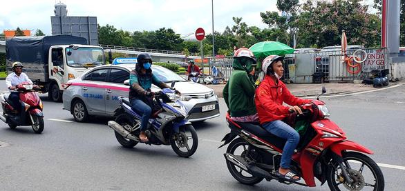 Taxi Saigontourist bị một cổ đông yêu cầu mở thủ tục phá sản - Ảnh 1.