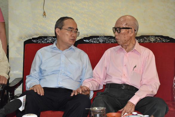 Bí thư Nguyễn Thiện Nhân thăm, mừng thọ người cao tuổi - Ảnh 3.