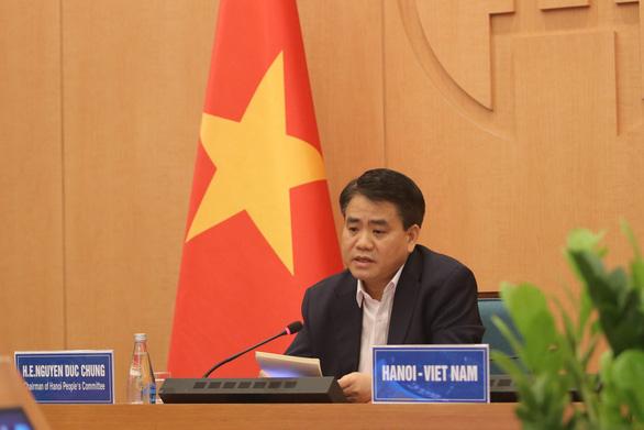 Việt Nam hy sinh lợi ích kinh tế ngắn hạn để bảo vệ tính mạng nhân dân - Ảnh 1.