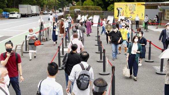 Bảo tàng quốc gia, vườn Hoàng cung Nhật mở cửa trở lại - Ảnh 2.